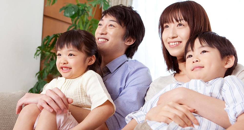 家族 人 生活費 4 平均